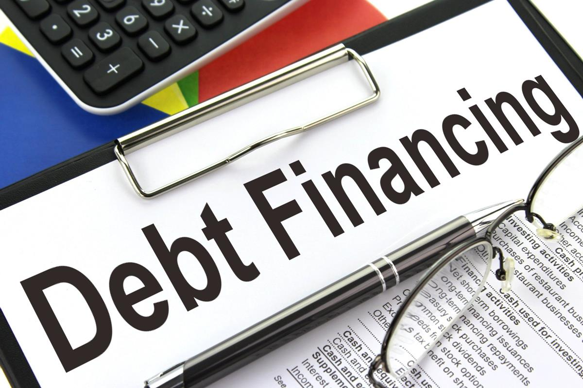 Cash Vs. Debt Financing: Which Has the Upper Hand in Buying Raw Land?